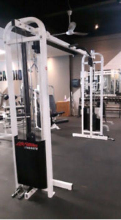 Cross-cablu profesional Life fitness