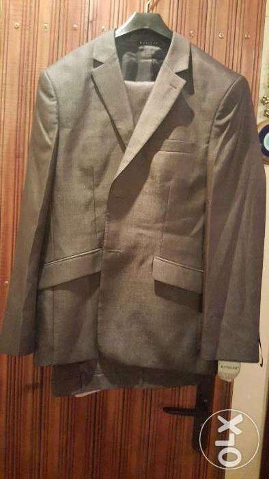 Продается мужской костюм