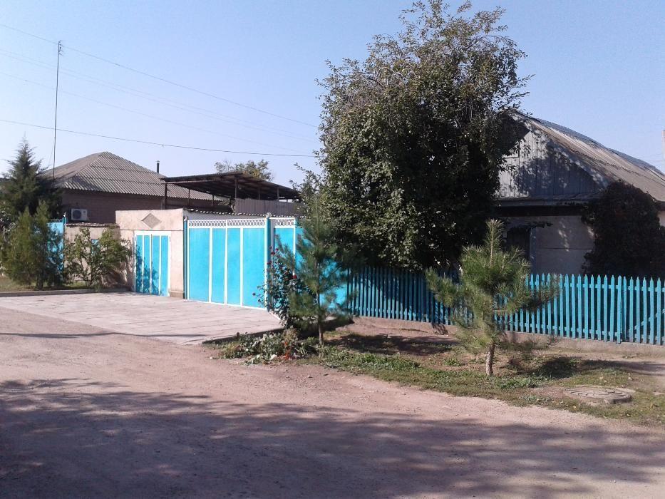 Продаётся дом в с.Мерке ул .Абдрасимова.