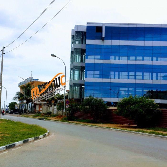 Vendemos Edifício Para Escritório De 4 Andares Em Talatona