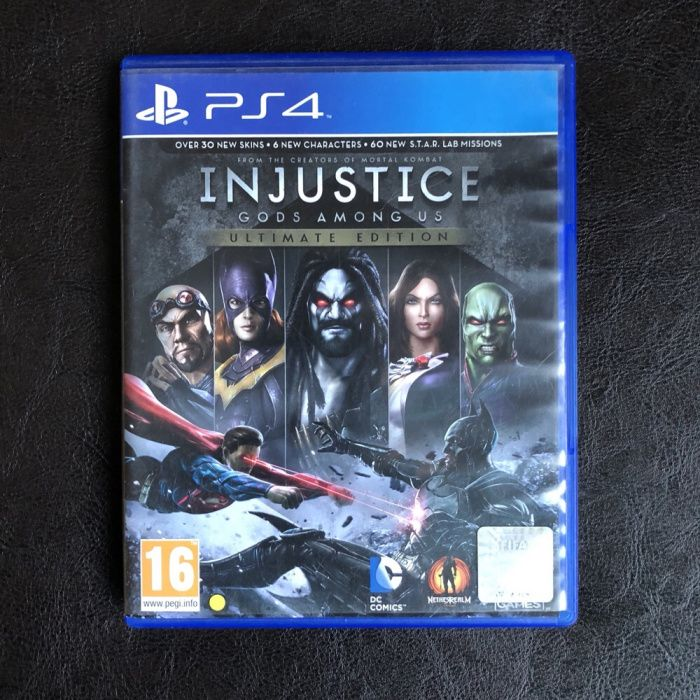 PS4 Injustice Gods Among Us