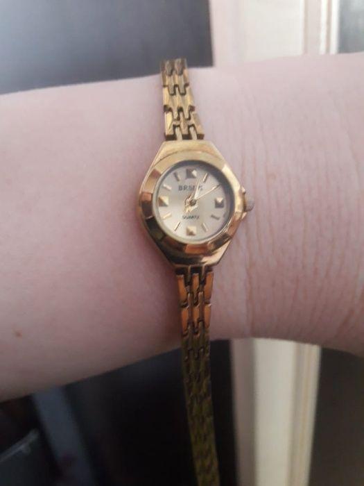 Женские продам часы часы литье продать каслинское