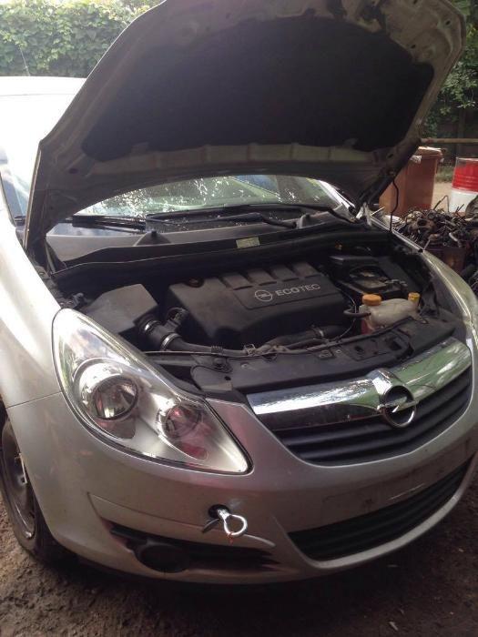 Dezmembrez Opel Corsa D 1.3 CDTI 6 Trepte