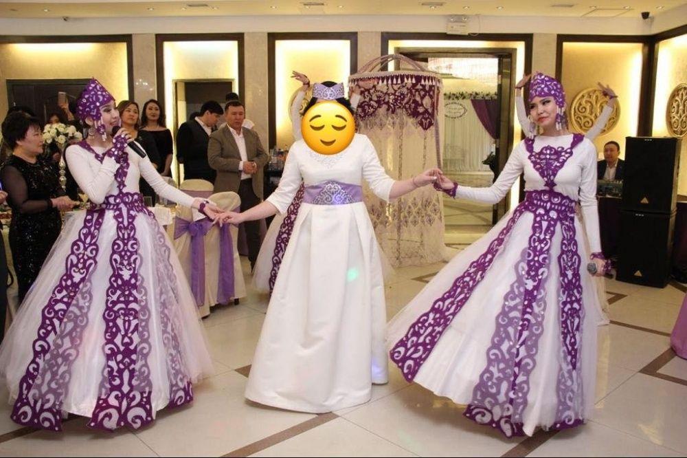 Продам платье для узату.Размер 46_48.