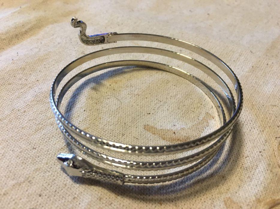 Bratara, banderola brat sarpe culoare argint silver d=68 mm reglabila