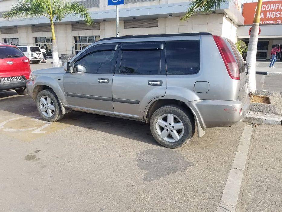 Vendo Nissan X-Trail