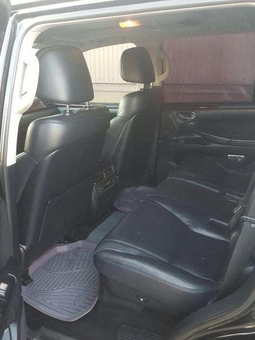 A venda Lexus LX 570