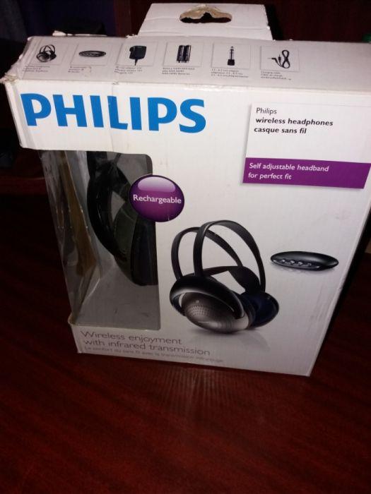 Casti Wireless Philips pret 79 lei.