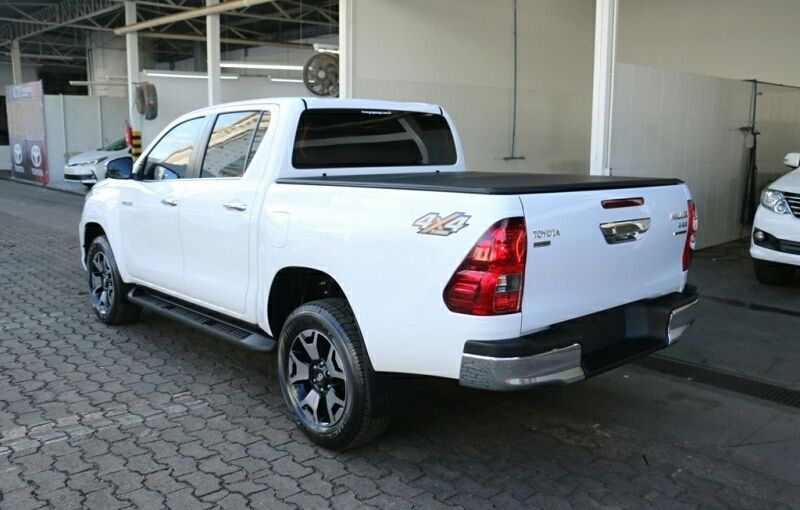 Toyota hilux Tombua - imagem 1