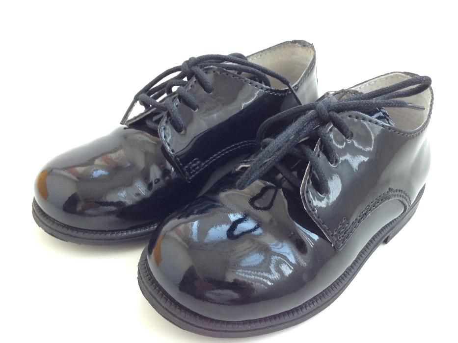 Pantofi de gala, Melania, marime 25 (lac/piele, negri).