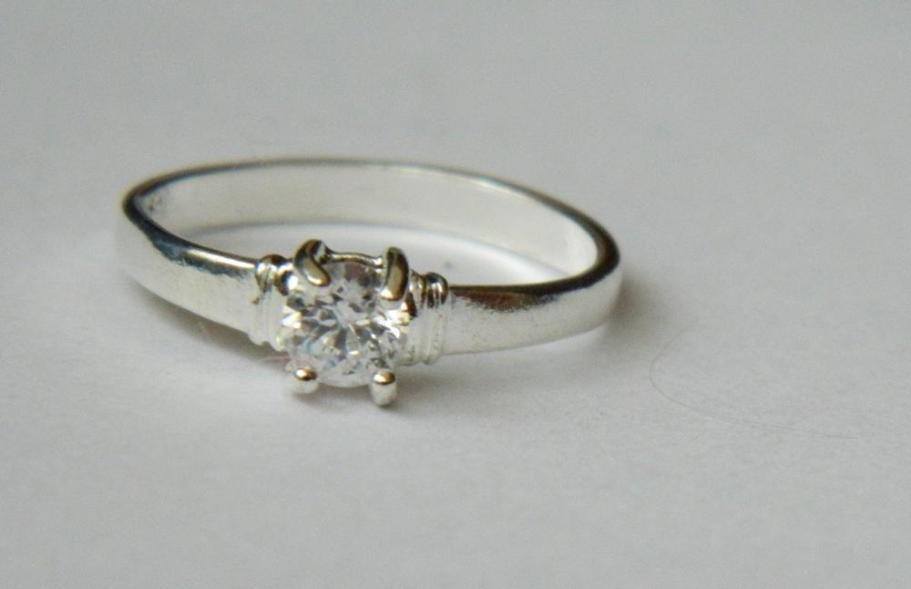 ARG194,inel argint 925,nou/marcat, ideal logodna, zircon alb fatetat