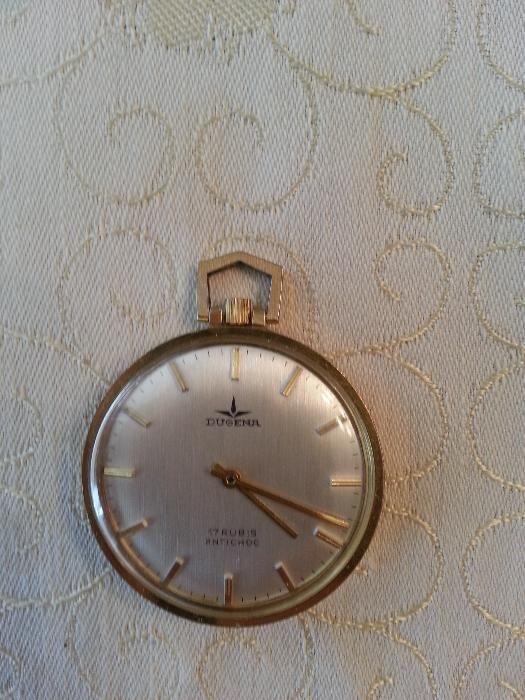 Vand ceas dugena mecanic cu carcasa din aur