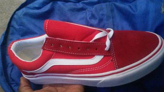 Vans Vermelha
