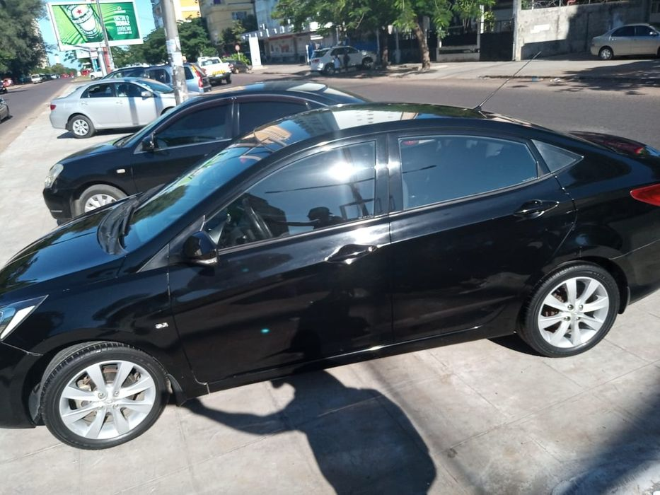 Hyundai | Accent | 2012 | Manual | Gasolina | 1.6cc | Super CLEAN