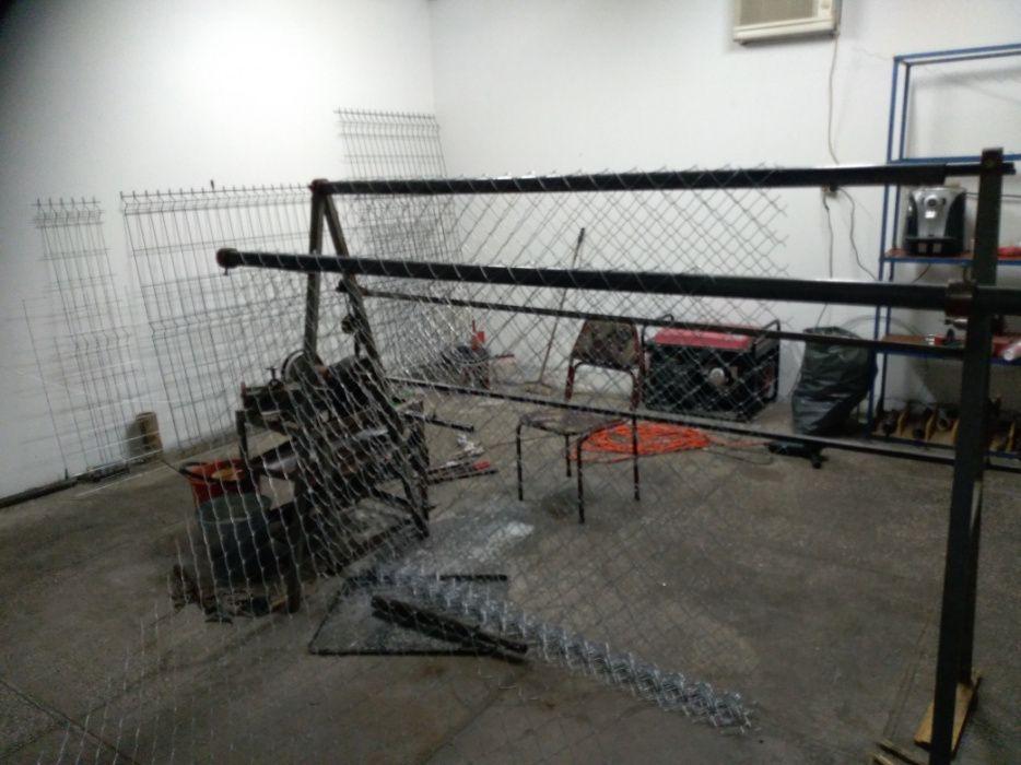 машина за оградна мрежа