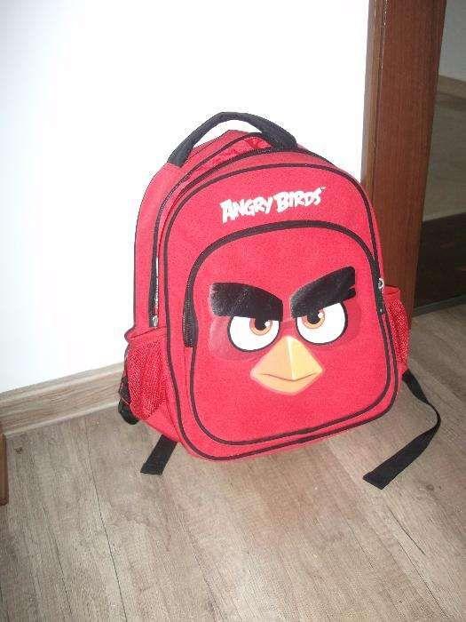 Ghiozdan Angry Birds rosu ca nou 1/3 din pret