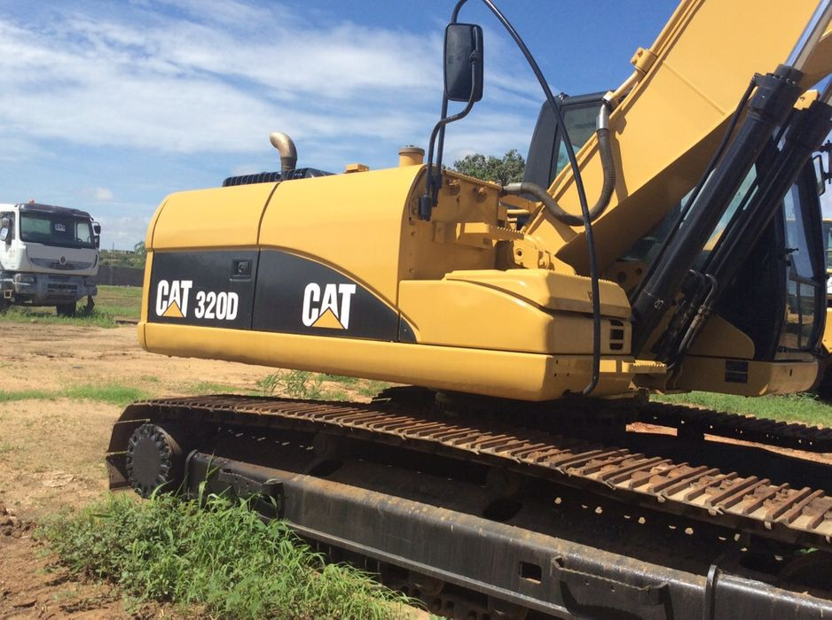 Vendo giratória caterpillar cat 320-D