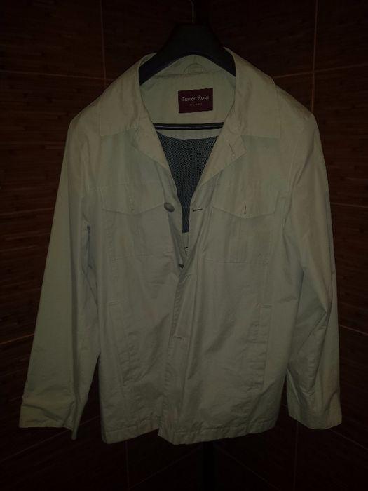 Продавам бяло/светло бежово есенно яке Franco Rossi - размер М