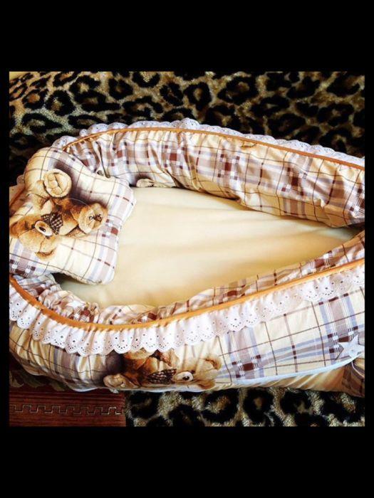Столик-Матрасик для пеленания новорожденного.
