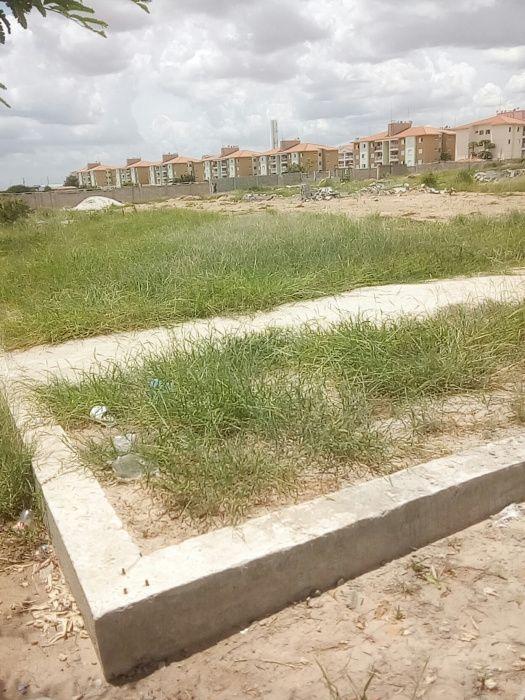 Terrenos avenda em Luanda Viana junto ao Jacinto tchipa rua da ciquent
