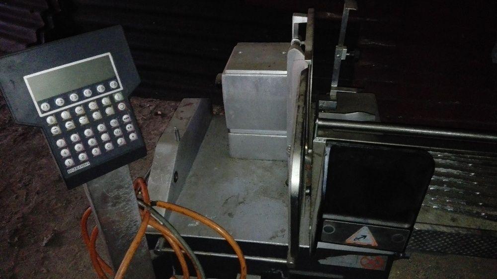 Професионална машина за рязане на колбаси