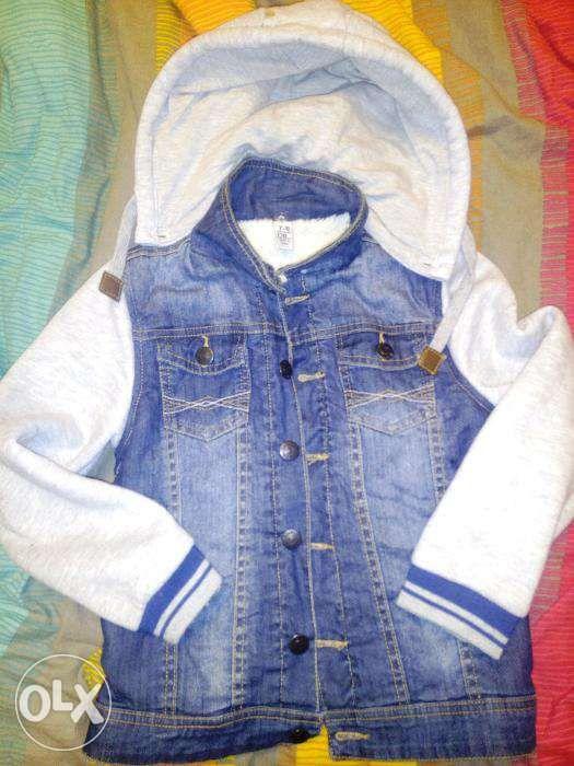 Продам куртку детскую джинсовую унисекс 7-8 лет