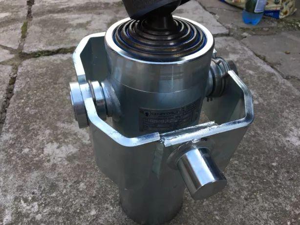 Cilindru de basculare de forta deschidere totala 1.70M