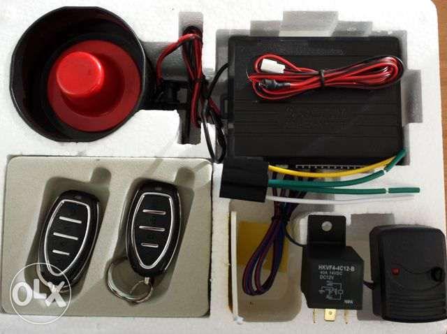 Montaj inclus sistem alarma auto cu doua telecomenzi