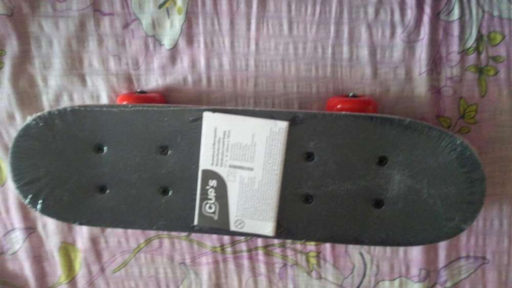 Miniskateboard nou 43*12 cm lemn