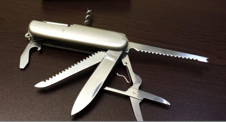 комбинирано ножче тип швейцарско
