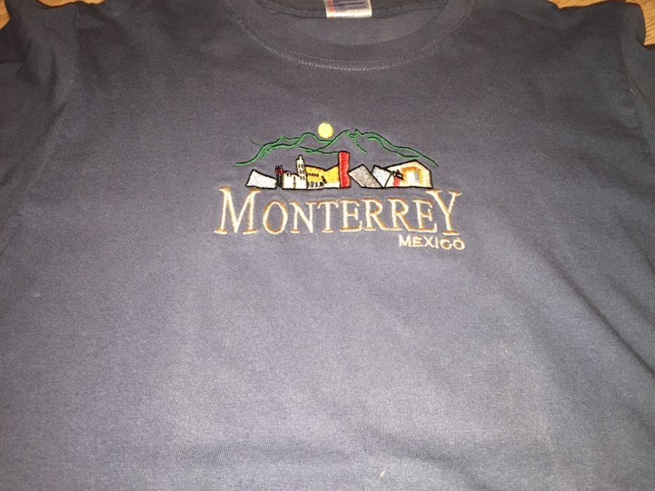 Продавам тениска за момче