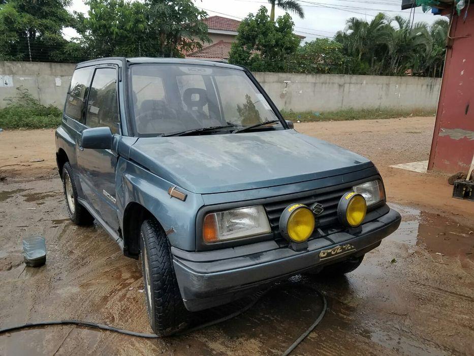 Suzuki bem conservado