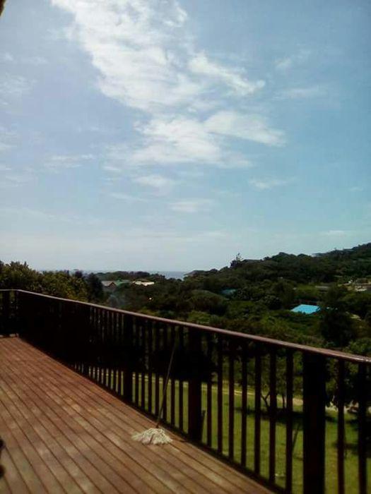 Vende-se Casa de praia na Ponta d'Ouro com vista lateral para o mar
