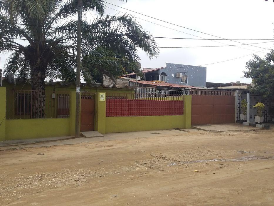 Vivenda T2 a venda, nas 500 casas Viana