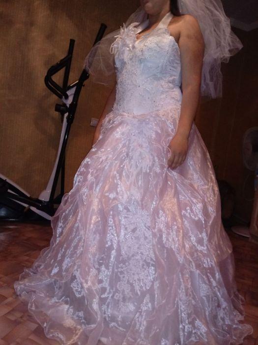 Продам новое свадебное платье. Срочно! Торг!