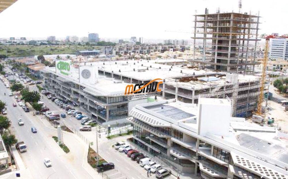 Loja Centro Espaço Avenida de Talatona