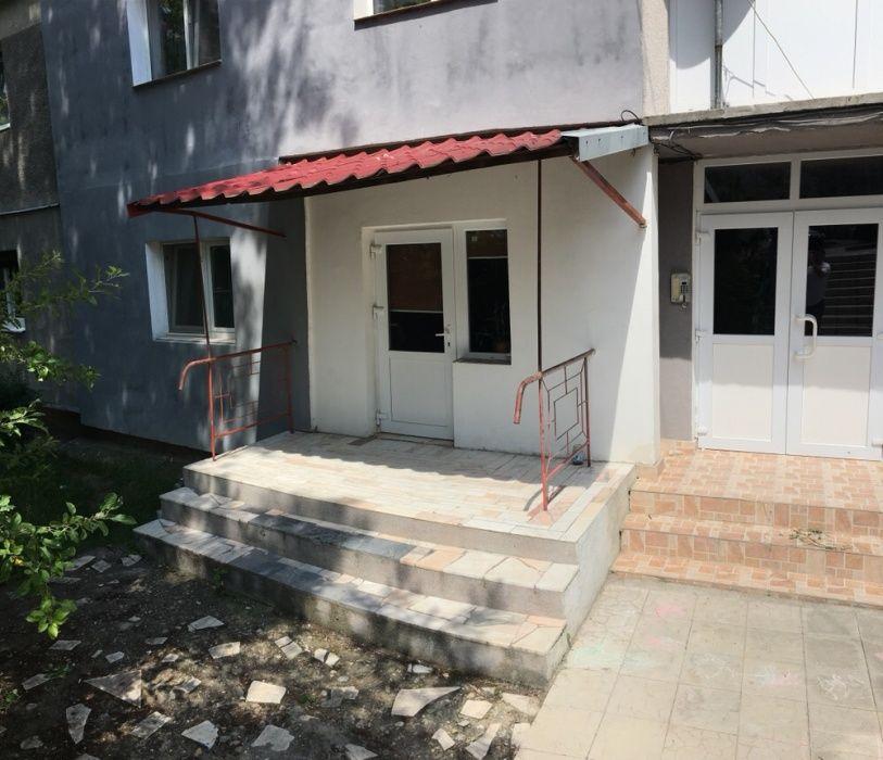 Apartament 3 camere +Garaj+spatiu comercial