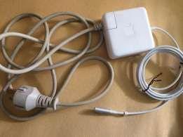 Carregador de MacBook Pro retina