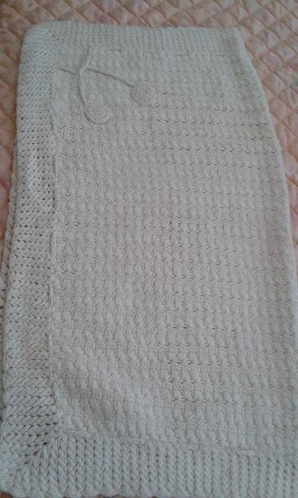 Бебешко одеало ръчно плетено