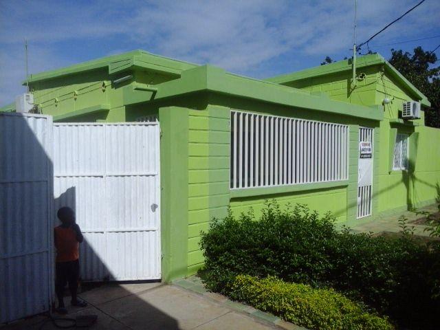 Vende casa tipo 3 na matola perto de mercado djitimane Bairro do Jardim - imagem 1