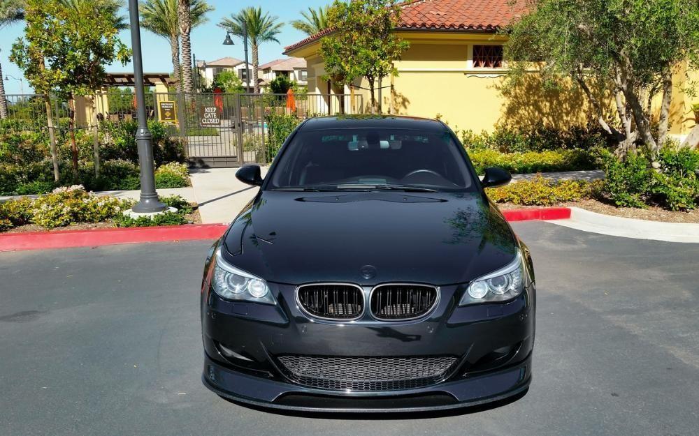 Grile duble BMW seria 5 E60 E61 M5 look - negru LUCIOS Timisoara - imagine 6