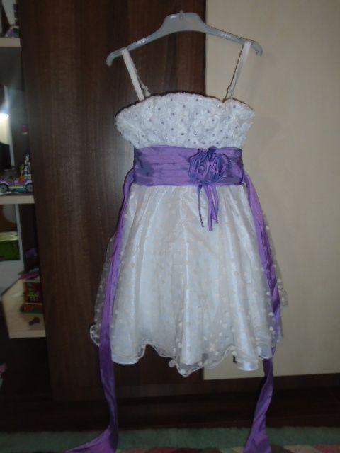 Rochie superba pentru fetite + Bonus o gentuta pentru rochita