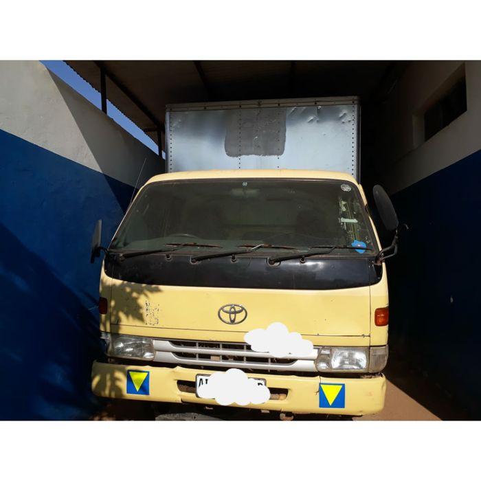 Vendo camião Toyota dyna