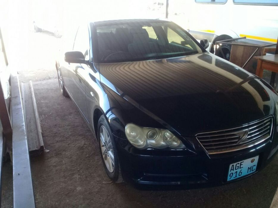 Toyota Mark X...isab.3.7