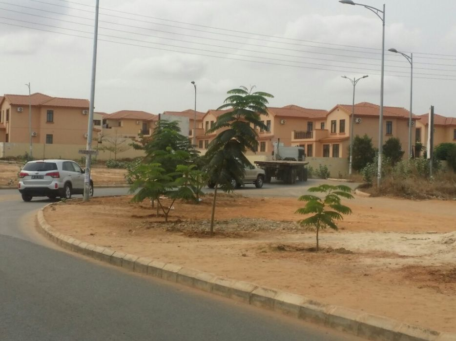 Terreno 4.8hectares defronte ao condomínio AUSTIN 10.000 kz m2