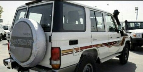 Toyota Land Cruiser HZ Chefe Maquina