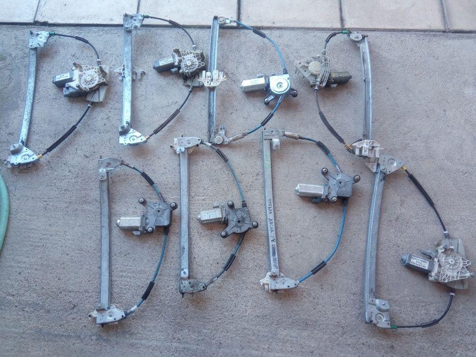 Моторчета с механизма за ел.стъкла на Пежо-406