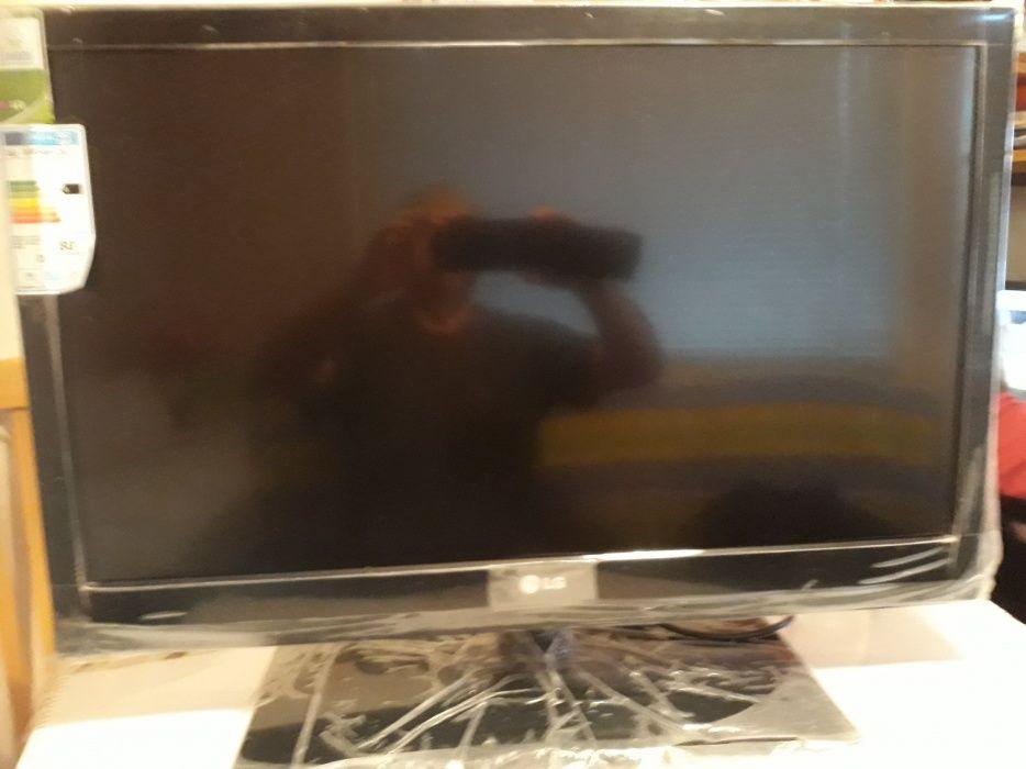Продавам нов телевизор LG LED 32 инча.