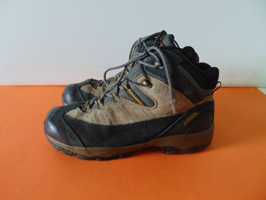 Meindl vibram номер 39 Оригинални туристически обувки