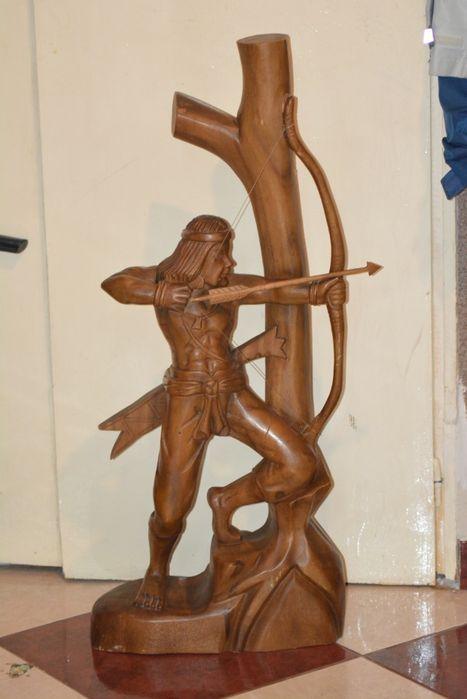 Statueta din lemn